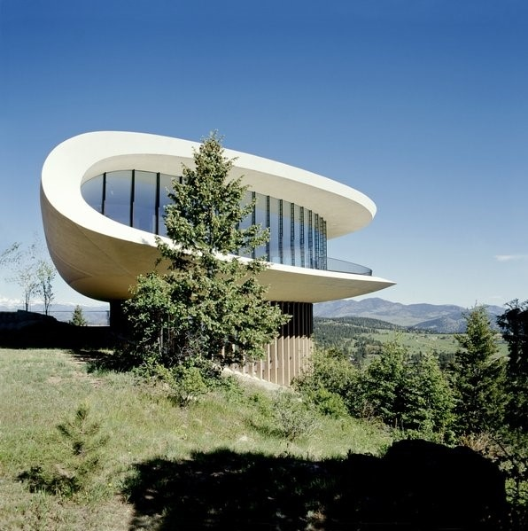 futuristic home, from Picture from: https://www.dwell.com/article/a-new-book-celebrates-modernism-with-futuristic-homes-and-visionary-masterpieces-f42e0aa9/6278984510702821376